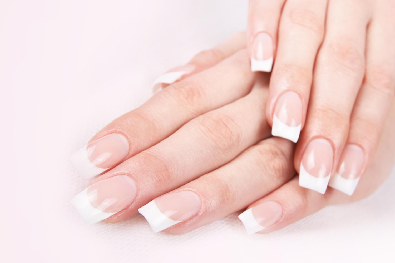 Acrylic-Nail-Extensions-> Chique & classy Nails Bar